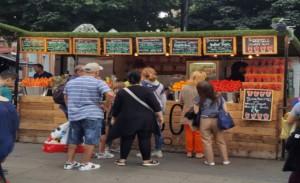 Street vendor long